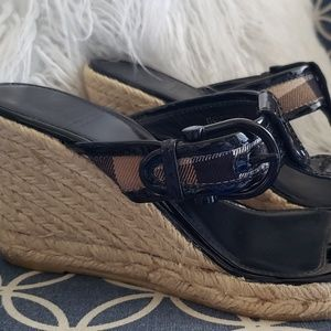 Burberry Shoes - Burberry wedges espadrilles patent leather buckle